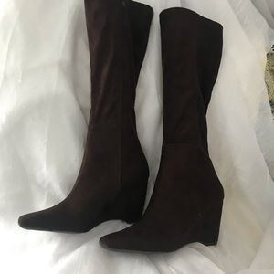 Apostrophe brown tall wedge boots